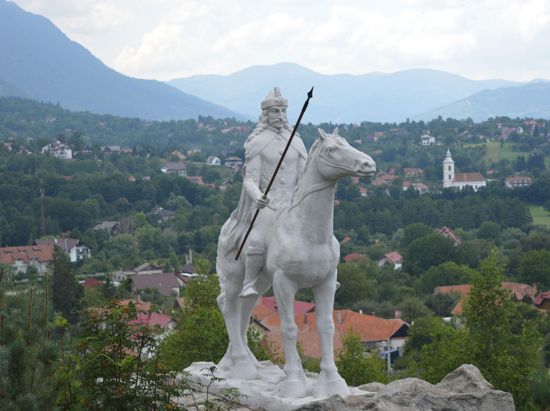 sculptura parc istoric vlad tepes